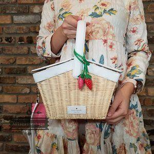Kate Spade Picnic In Park Basket Strawberry BAG crossbody new wicker
